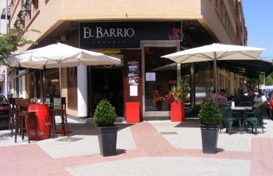 Restaurante  El Barrio de Montse Tapería restaurante El Barrio