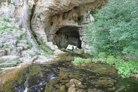 Ciencia y Aventura S.L. Cueva de los chorros