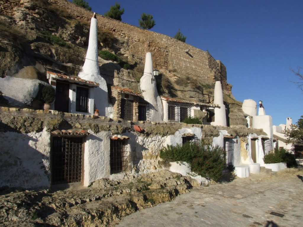 Barrio Cuevas del Hondón en Chinchilla de Montearagon  Chinchilla de Montearagón