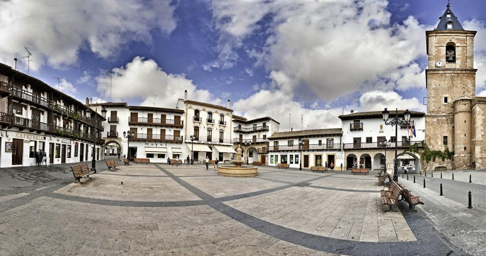 Conjunto Historico Plaza Mayor TARAZONA DE LA MANCHA