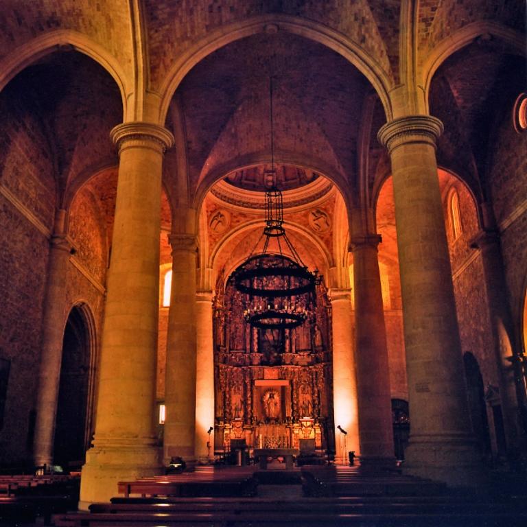 La Roda Interior de la Iglesia de La Roda