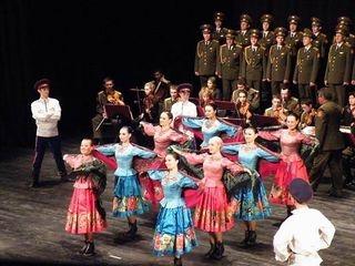 El primer ejército de la paz tomará el Teatro Circo