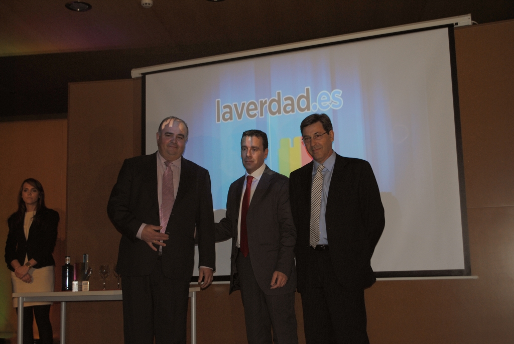 The APEHT was awarded the prize to the Best Website by La Verdad.es