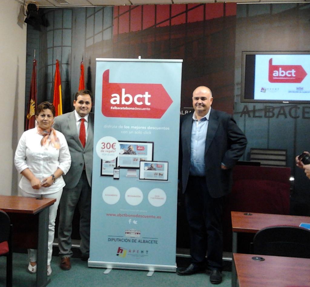 Diputación de Albacete y APEHT presentan 'Albacete bono descuenta' para incentivar el turismo en Albacete y provincia
