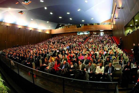 Don Felipe acepta la Presidencia de los dos encuentros de etnofarmacología y de etnobotánica