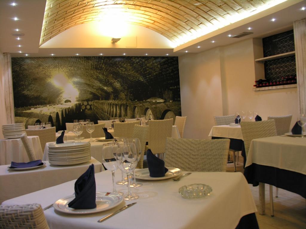 Taperia Restaurante Tribaldos